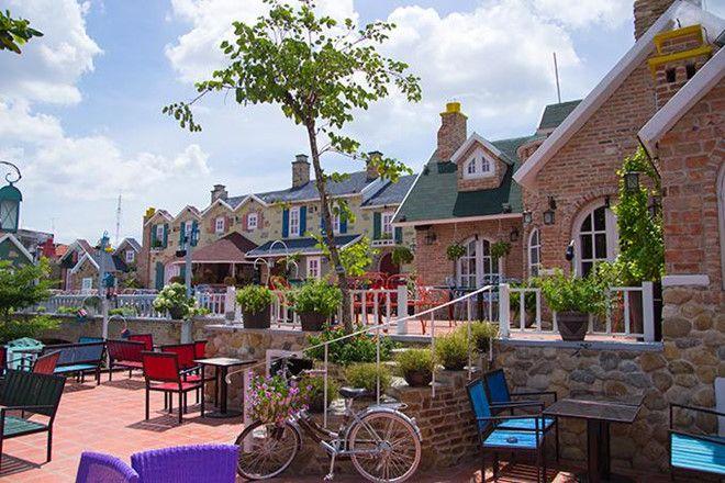 Cafe City House nổi bật với vẻ đẹp thơ mộng.