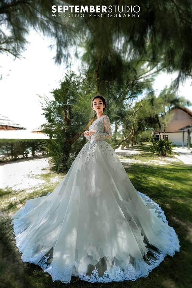 Trang phục chụp ảnh cưới ở biển