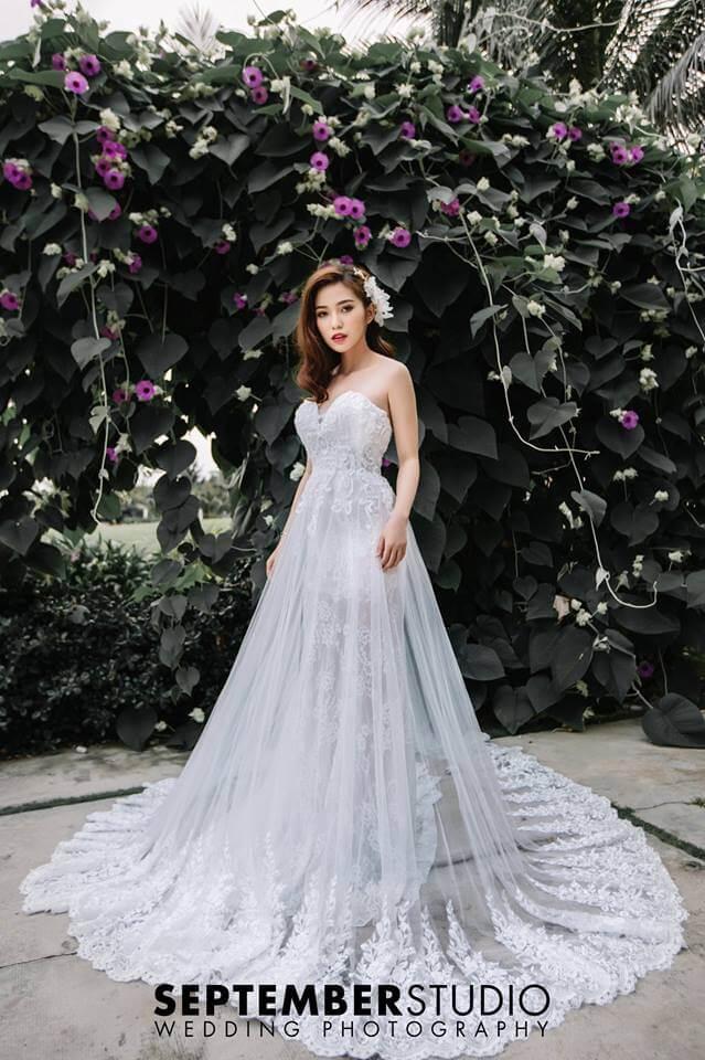 Váy maxi trắng