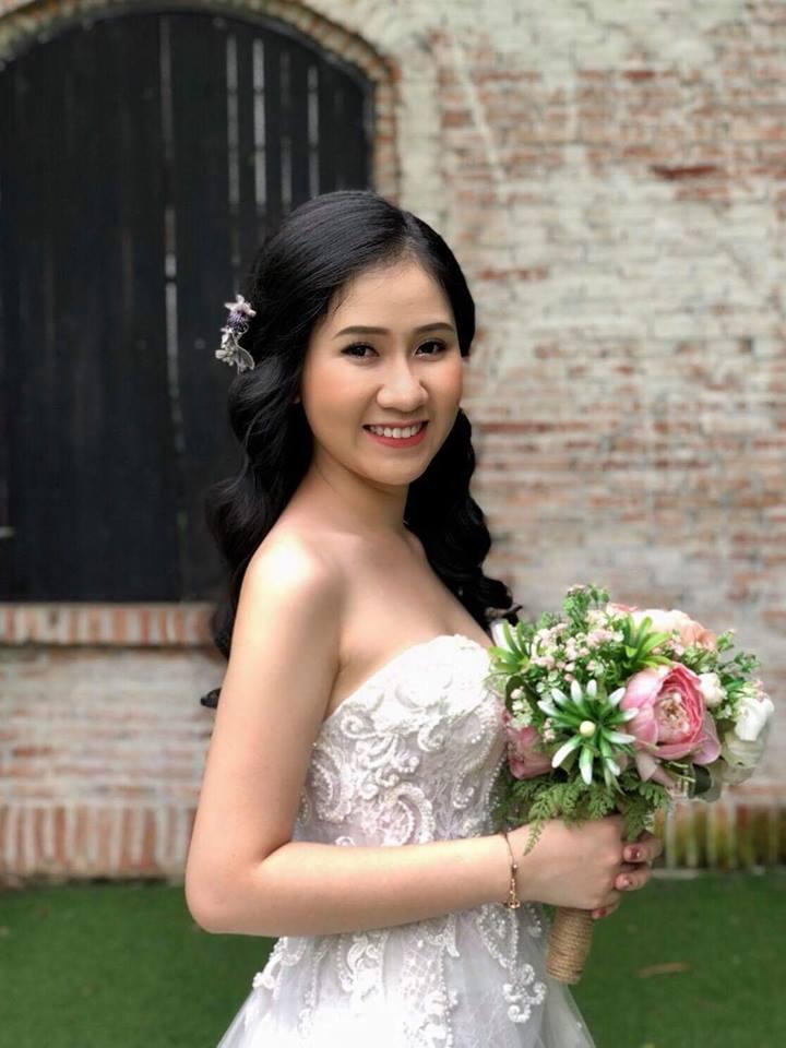 Phụ kiện cô dâu