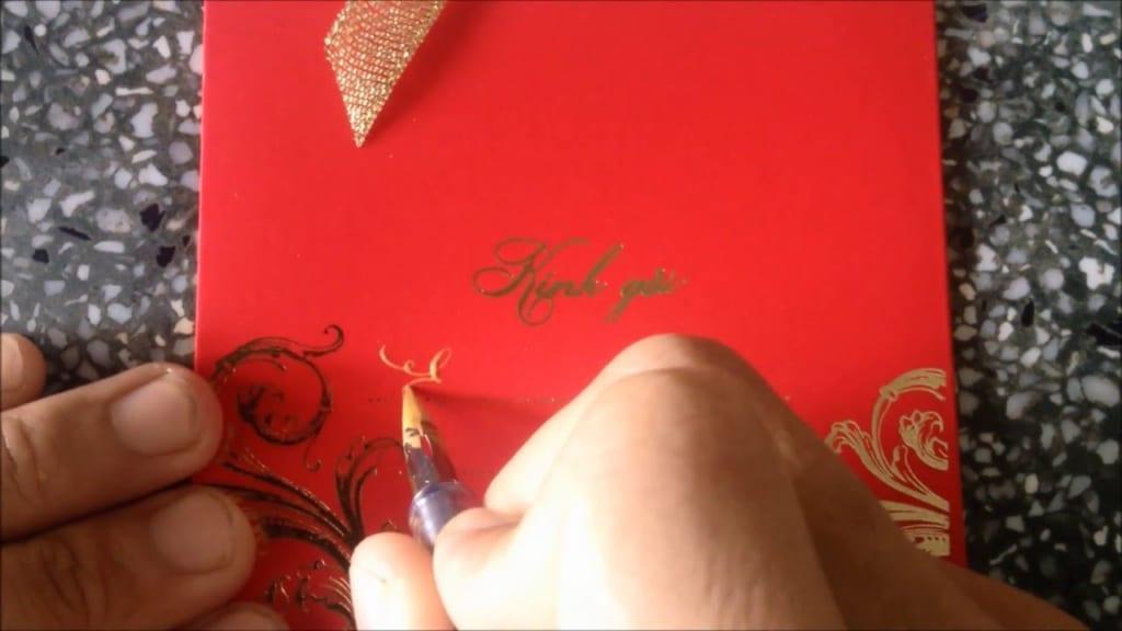 Viết thiệp cưới mời khách