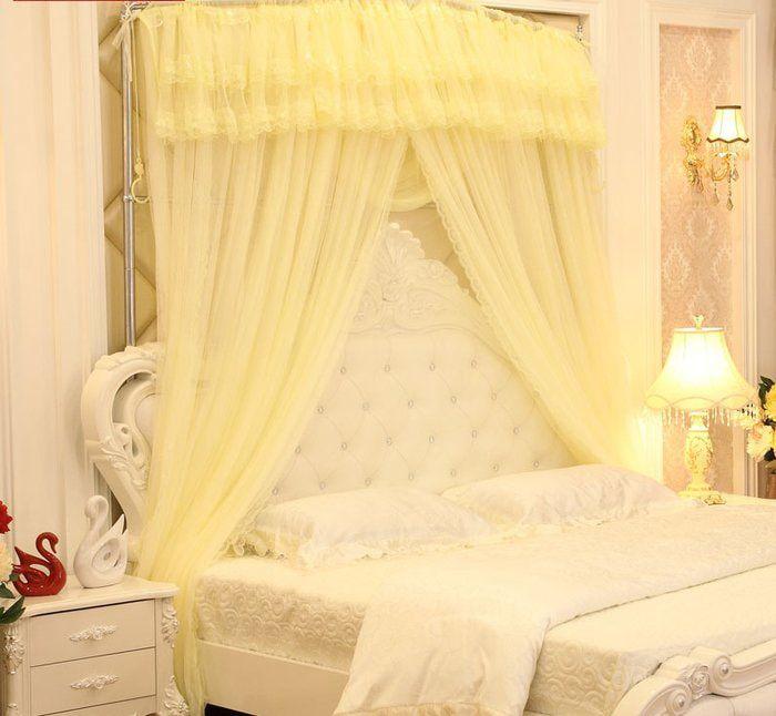 trang trí giường cưới với màn khung