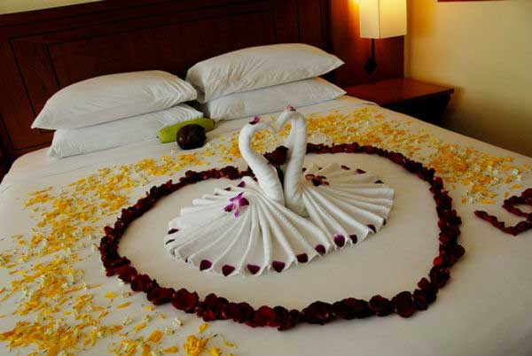 Cách trang trí phòng cưới bằng khăn tắm đẹp nhất