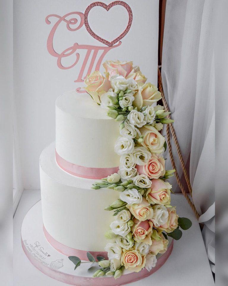 bánh cưới 2 tầng rời