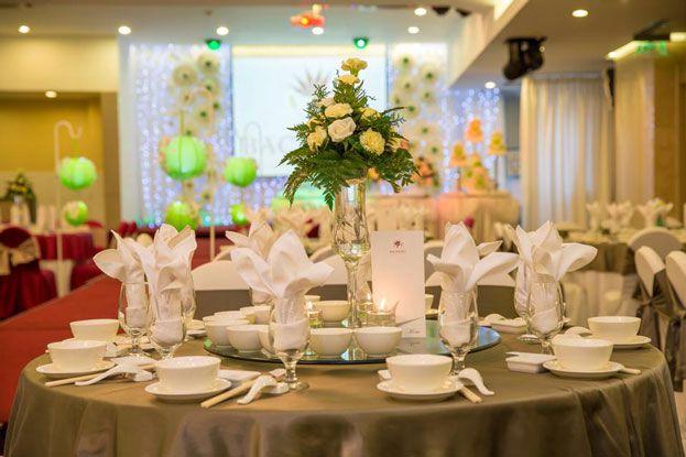 thực đơn đám cưới sang trọng